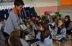 Niños de 1º de Primara de Escolapios en una clase de inglés.
