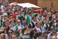 Caluroso arranque de Las Bailas este lunes sanjuanero. / SN