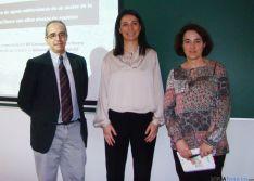 Mª Concepción Carretero, junto a Mª Sol Vega y Rafael Pardo