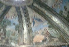 En la imagen, de escasa calidad, puede apreciarse el desconchado del fresco
