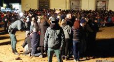 La Guardia Civil desalojó a los anti-taurinos del recinto vallado