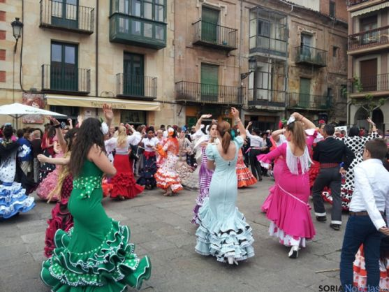 Sevillanas en la Plaza Mayor de Soria
