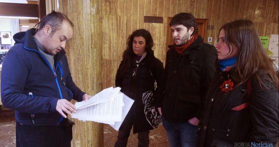 Miembros del grupo antes de registrar la petición.