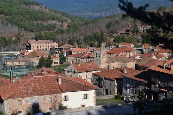 Ruta por los pueblos de la comarca de Pinares | Imagen 1