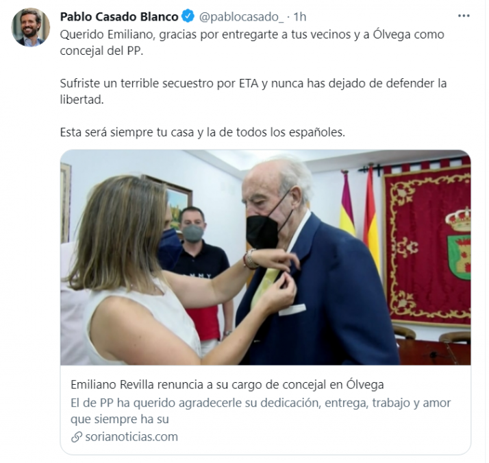 Pablo Casado agradece a Emiliano Revilla su labor en el PP  | Imagen 1