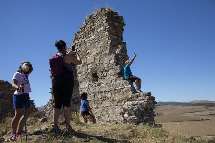 ¿Valdelavilla o Peñafría? El pueblo de El Pueblo se viste de éxito gracias a la tele   Imagen 5