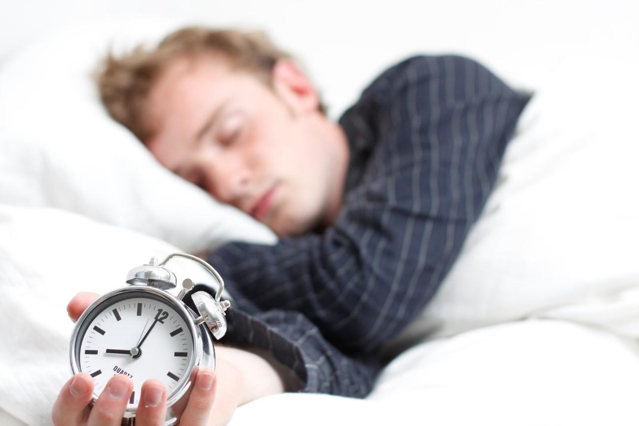 Tener un buen colchón nos ayudará a que las horas de descanso sean más eficaces. / Foto: Findingmastery.net