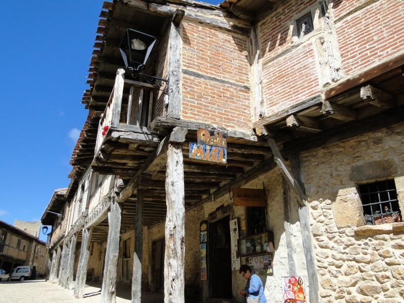 Calatañazor: el pueblo medieval soriano   Imagen 1