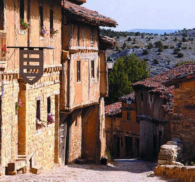 Calatañazor: el pueblo medieval soriano   Imagen 2