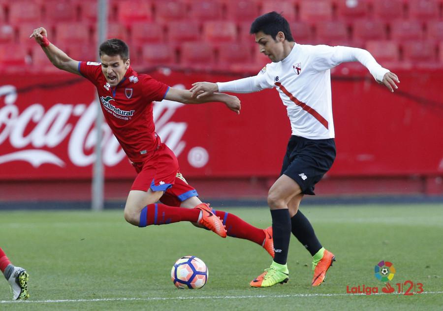 El Numancia marca 677 minutos después pero no pasa del empate en Sevilla  | Imagen 4
