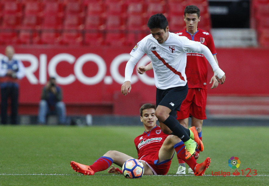 El Numancia marca 677 minutos después pero no pasa del empate en Sevilla  | Imagen 2