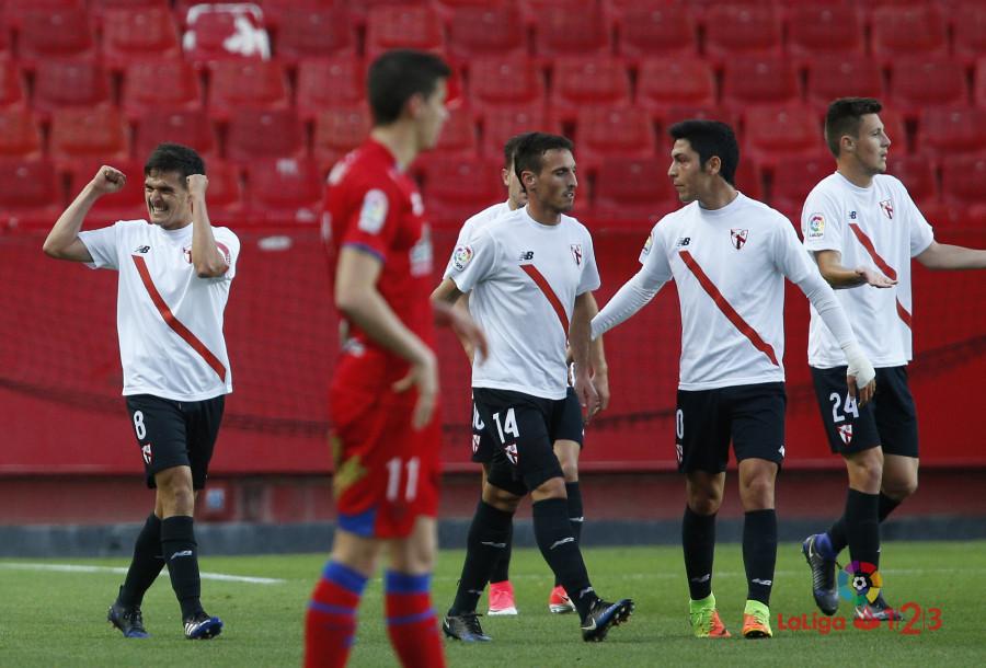 El Numancia marca 677 minutos después pero no pasa del empate en Sevilla  | Imagen 5